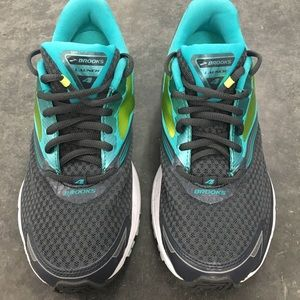Brooks Womens Sz 8 Launch 4 Running Shoes